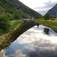 Небо в воде :: Николай Танаев