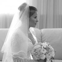 В  комнате невест.  Ожидание. :: Валерия  Полещикова