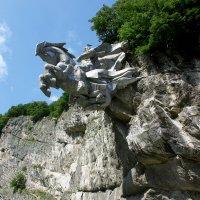 Памятник Уастырджи. Северная Осетия. :: Наталья & Игорь **********