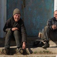 И жизнь пополам.... :: Sergey Apinis