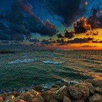 Вечер. Средиземное море. :: Igor Bulkin