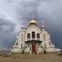 Храм в моём городе... :: Сергей Петров
