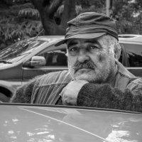 Тбилисский таксист :: Алексей Окунеев