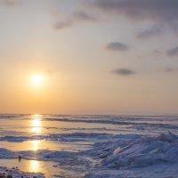 Холодный вечер и теплое солнце :: Антон Кондратюк