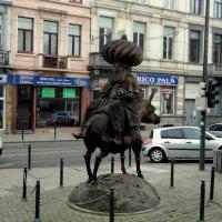 Изваяние в Брюсселе :: Александр Облещенко