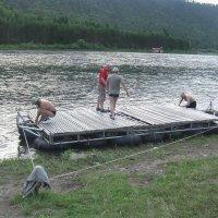 Плот для сплава по р.Мана :: Владимир Звягин