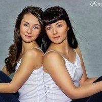 двойняшки :: Юлия Раянова