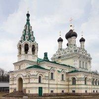 Церковь Святой Троицы :: Сергей Залаутдинов
