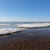 Северодвинск. Белое море. Весна наступает. Льдины тают :: Владимир Шибинский