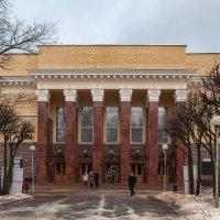 Здание Смоленского государственного драматического театра имени Грибоедова :: Алексей Шаповалов Стерх