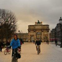 Лувр, триумфальная арка :: Galina Belugina