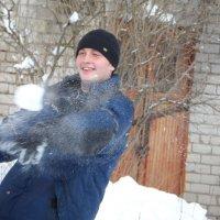 лови фашист гранату :: Наталия Шляхтова