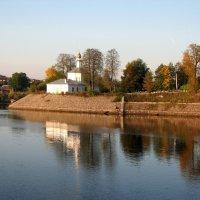 Волго-Балт. Прибрежная церковь. :: Михаил Малец