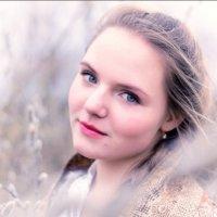 Русская красавица в весеннем лесу :: Кристина Шпак