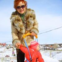 С    внучкой    Сашенькой. :: Наталья Сергеева