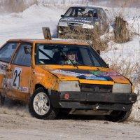 Вот, новый поворот, и мотор ревет... :: Александр Бабарика