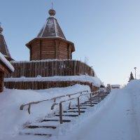 Мурманск. Трифонов Печенгский монастырь :: Александр Волков