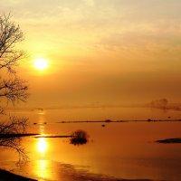 Рассвет на Пасху :: Геннадий Ивкин