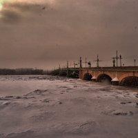 Буря мглою небо кроет... :: Рай Гайсин