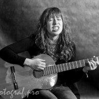 гитаристка :: Николай Прийменко-Эйсымонт