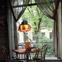 Кафе на Московском. Питер. :: Ирина Белова