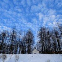 Часовня,небо, облака... :: Владимир Павлов