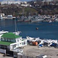 Севастополь. Яхты и военные корабли :: Alexandr Semeniakin