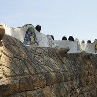 Скамейка-змея - огромная волнообразная скамья длинной 110 метров :: Елена Павлова (Смолова)