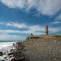 маяк и часовня на Большой Утрише :: Алексей Яковлев