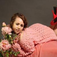 девушка и цветы :: Светлана Трофимова