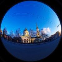 Собор Александра Невского в лучах заката :: Владимир Максимов
