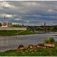 Старица с мостом :: Natalia Mihailova
