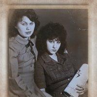Ретро...Как молоды мы были.... :: Людмила Богданова (Скачко)