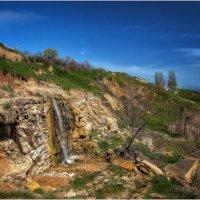 Черное море,Одесса,катакомбы,водопадик и маааленькая луна!!! :: Александр Вивчарик