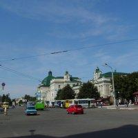 Привокзальная  площадь   Ивано - Франковска :: Андрей  Васильевич Коляскин