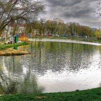 пруд в Дюковском саду :: Александр Корчемный