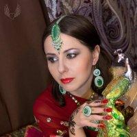 Индийские мотивы :: Райская птица Бородина