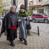 Люди Тбилиси. Подружайки. :: Алексей Окунеев