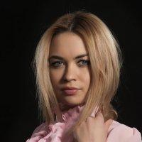 Студийный портрет. :: krivitskiy Кривицкий