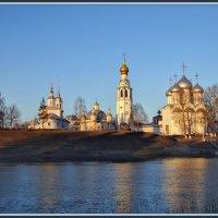 В лучах восходящего Солнца. :: Vadim WadimS67