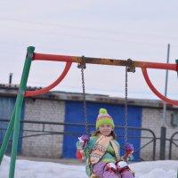 Качели,ролики,весна)) :: Лариса Красноперова