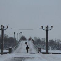Пешеходный мост. :: Олег Фролов