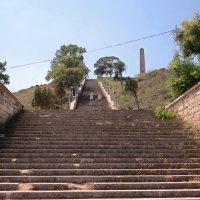 Часть большой Митридатской лестницы. Керчь :: Вера Щукина