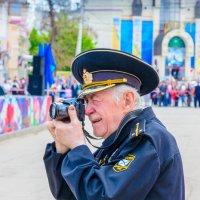 Не стареют душой ветераны! :: Геннадий Оробей