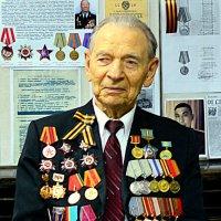 Участник Сталинградской битвы, кандидат исторических наук П.Р.Букаткин :: Александр Облещенко