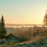 Рассвет на окраине села :: Олег Дмитриев
