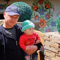Папа с дочкой :: Olga Volkova