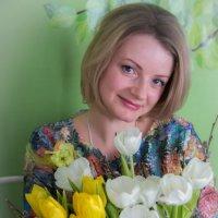 с тюльпанами :: Мария Корнилова