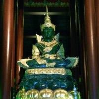 Изумрудный Будда :: Евгений Печенин