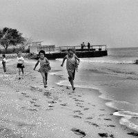 осенний пляж 1983 :: Александр Туманов